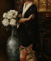 Sieviete japāņu interjerā